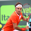 Federer Evades Serra, Cilic and Soderling Sail Into the Round of 16