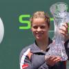Clijsters Clobbers Venus in 2010 Sony Ericsson Open Final